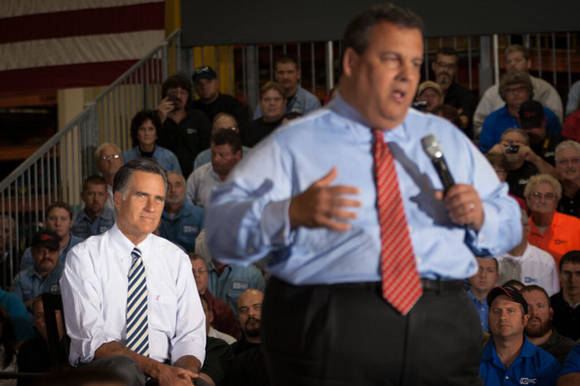 Romney and Christie in Mount Vernon-9