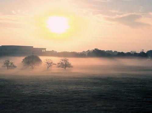 morning fall fog nebel monmouthcounty freehold nebbia niebla 2012 iphone morningfog nevoeiro mgła مه туман 霧 ضباب ομίχλη centrastate iphone4 hamog