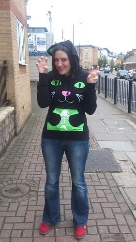 Cat hoody grrrr