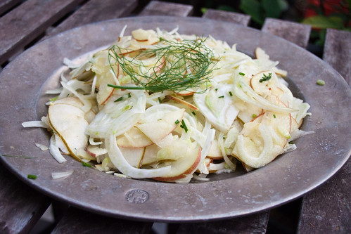 Apple Pear Fennel Salad