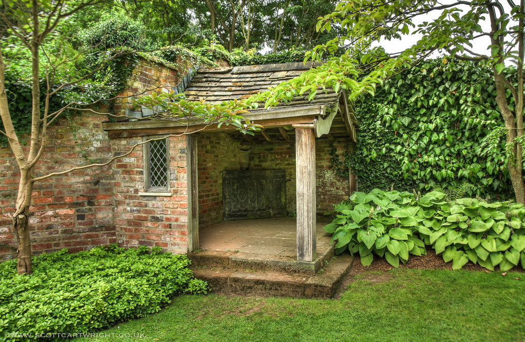 Summer house hdr scott cartwright photography for Pictures of small houses with garden