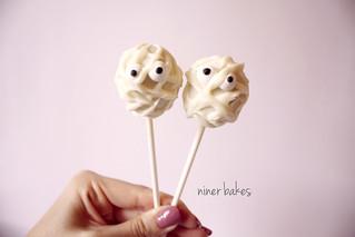Halloween Pumpkin & Mummy Cake Pops von niner bakes bei Flickr