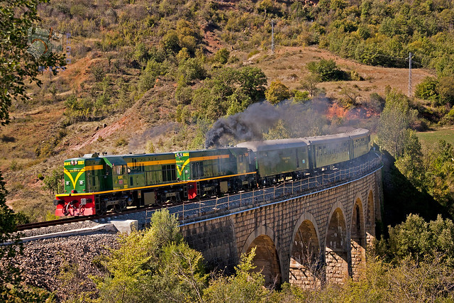 Viajes trenes históricos España. Tren dels Llacs en Talarn