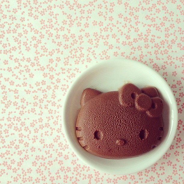 Budino al cioccolato di Hello Kitty