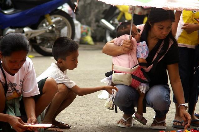 スラムの音楽教室inフィリピン-学校で学べない子ども達にオーケストラで教育を!_03