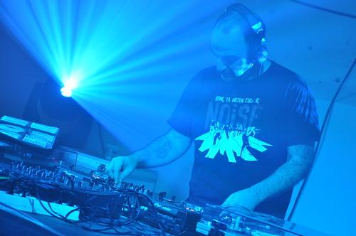 DJ Oil by Pirlouiiiit 11012013
