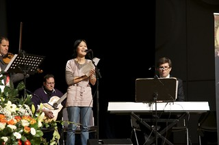 Strasbourg, France ... Praise and Worship in preparation for Vassula's arrival to the stage