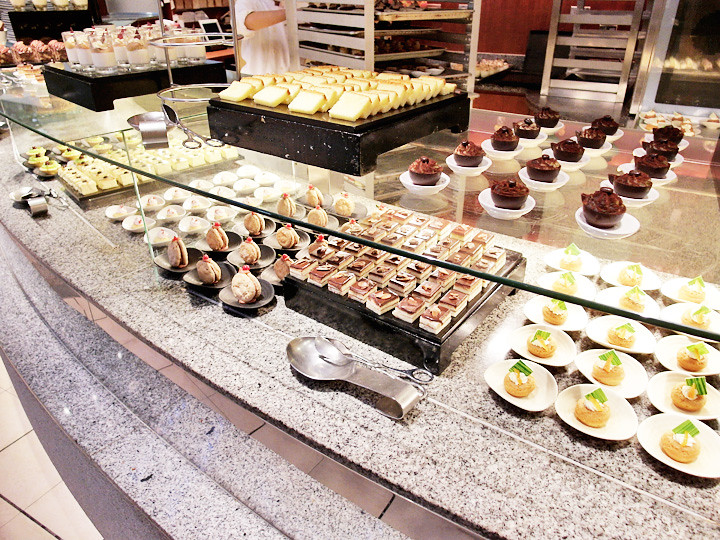 Brasserie regent taipei cakes