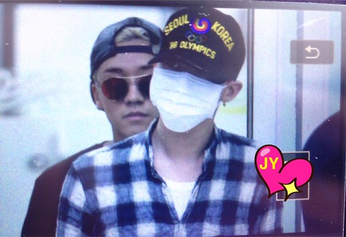 Big Bang - Gimpo Airport - 07jun2015 - G-Dragon - Joey_GD - 01