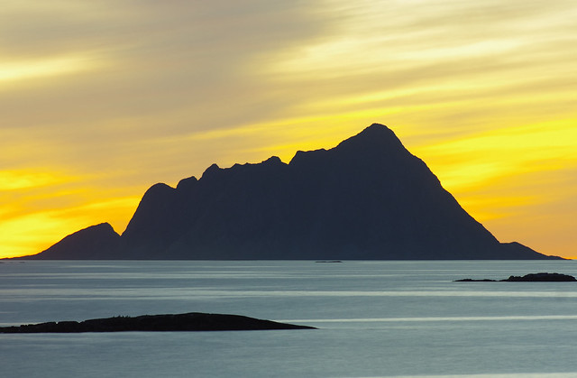 Sørfugløya island at sunset