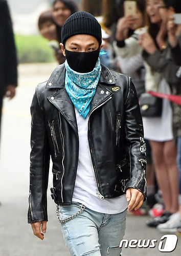 Taeyang BIGBANG KBS Music Bank arrival 2015-05-15 PRESS009