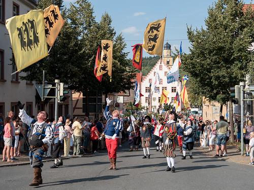 2016_09_11_Landesverband_Fahnenschwinger_BW_Landesfestumzug_Bad_Mergentheim-3