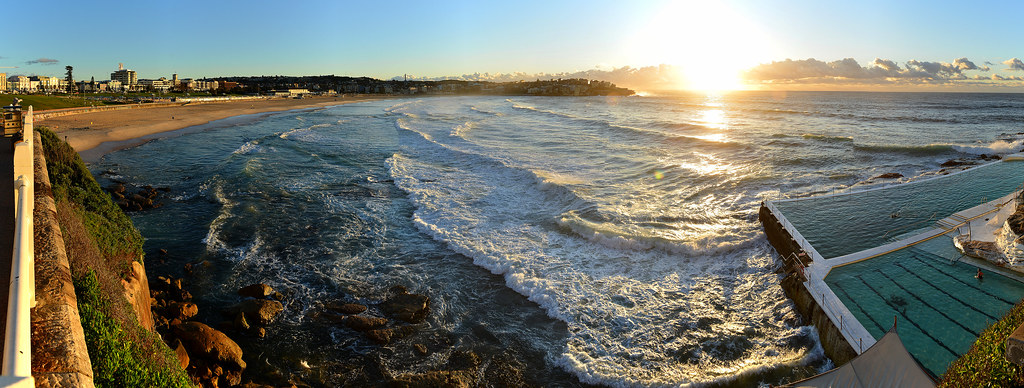 Bondi Beach sunrise 2012