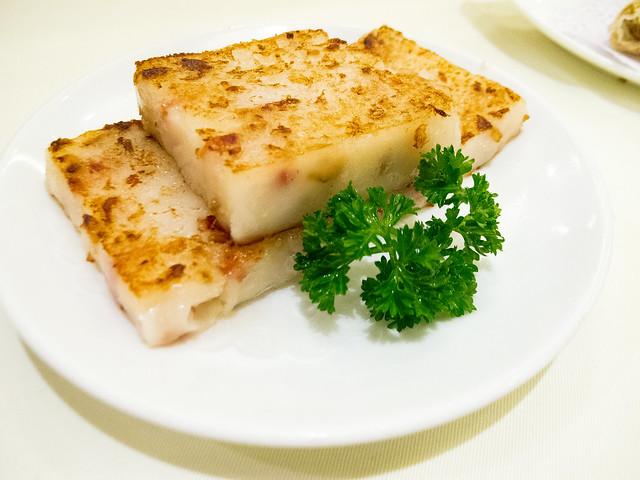 """香煎蘿蔔糕 """"Fried Turnip Cake"""", 利苑酒家午市點心 Lei Garden Lunchtime Dim Sum / SML.20120925.G12.00418"""