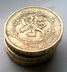 £1 coin with lion rampart