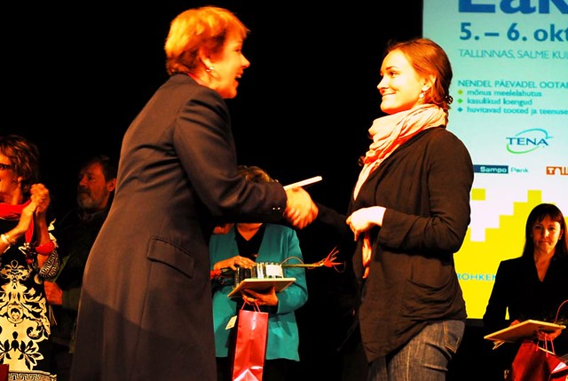 Katrin Karisma-Krumm (Goodwill ambassador) is awarding best deeds