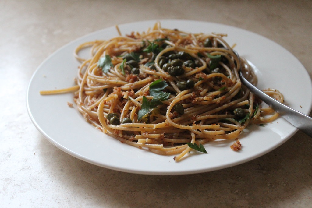 luisa weiss's spaghetti with breadcrumbs, capers and parsley