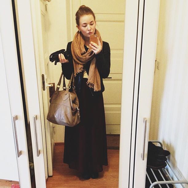 #maxiskirt #leatherjacket #yms #outfit #fakjee