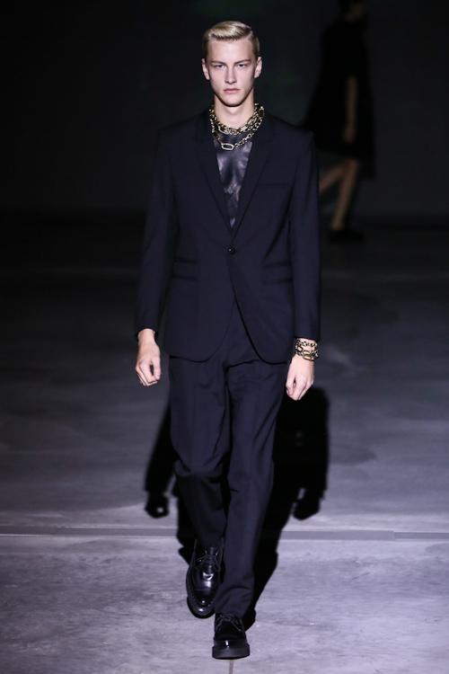 SS13 Tokyo DRESSEDUNDRESSED018_Benjamin Jarvis(Fashion Press)