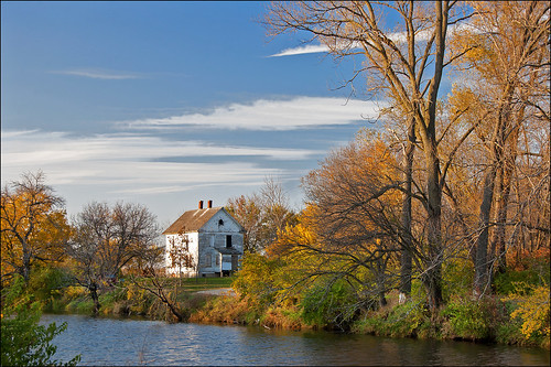 autumn house fall leaves canal illinois hennepincanal wyanet