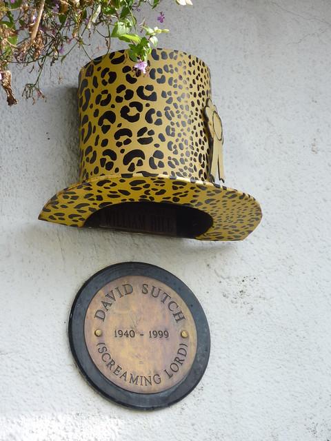 Photo of David Sutch bronze plaque
