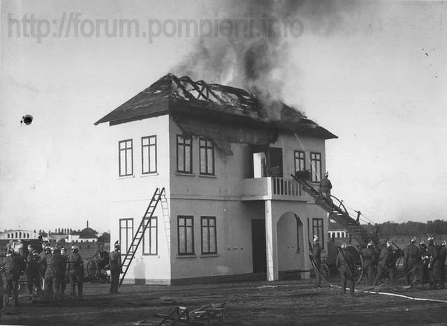 Pompierii Bucuresti - 1935
