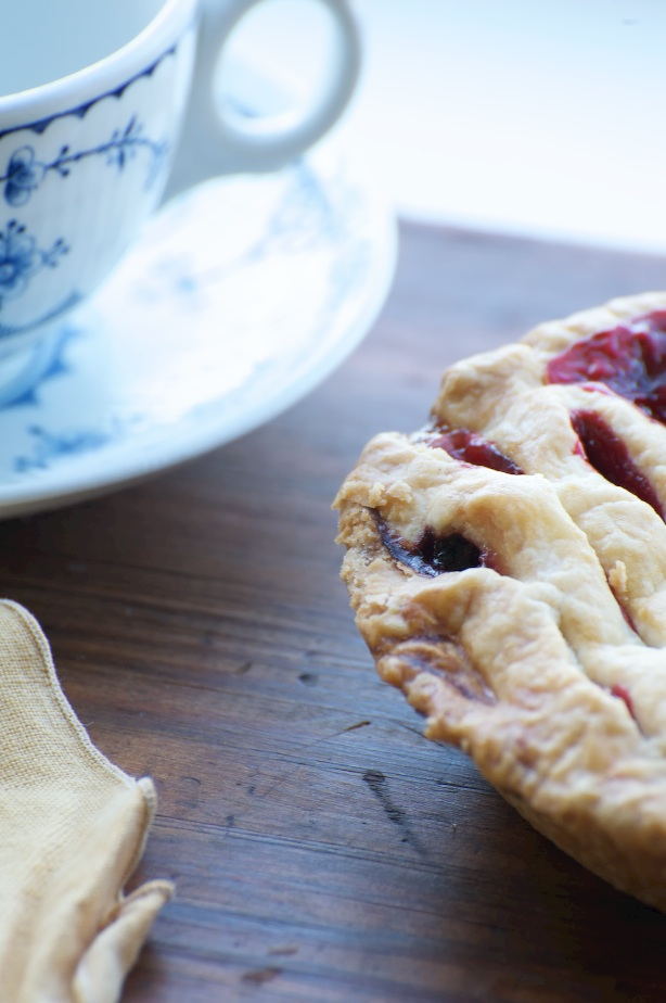 pie with tea