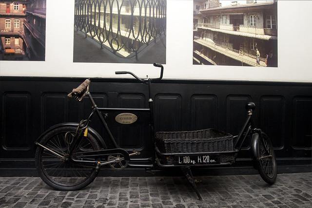 Old jewish taxi bike