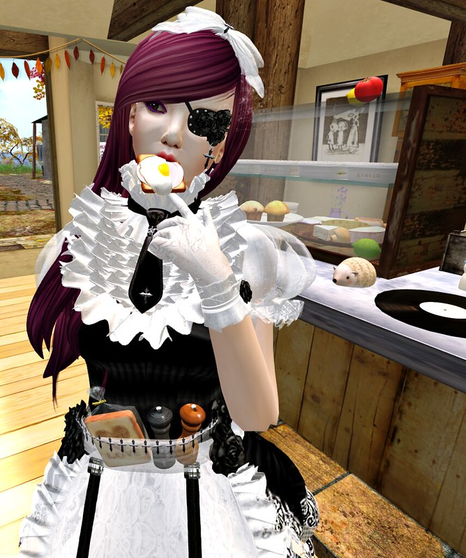 BB - Gothica Maid Doll Outfit1