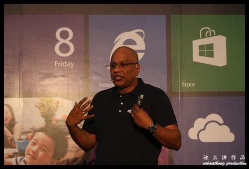 Ananth Lazarus, Managing Director of Microsoft Malaysia @ Lowyat Plaza