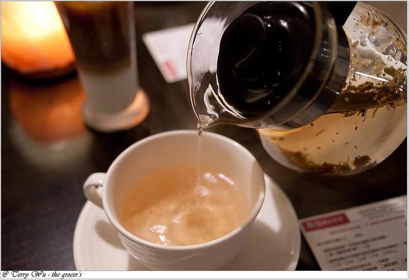 2012-10-31 萬聖節旺紅喝麥茶 a (33)