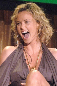 Charlize responds as she is honored with Spirit of Independence Award 28 JUn 2006