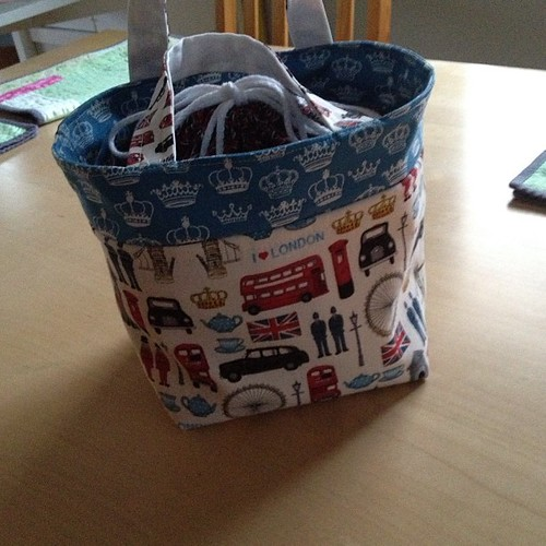 Made me a new lunch bag. I <3 London.