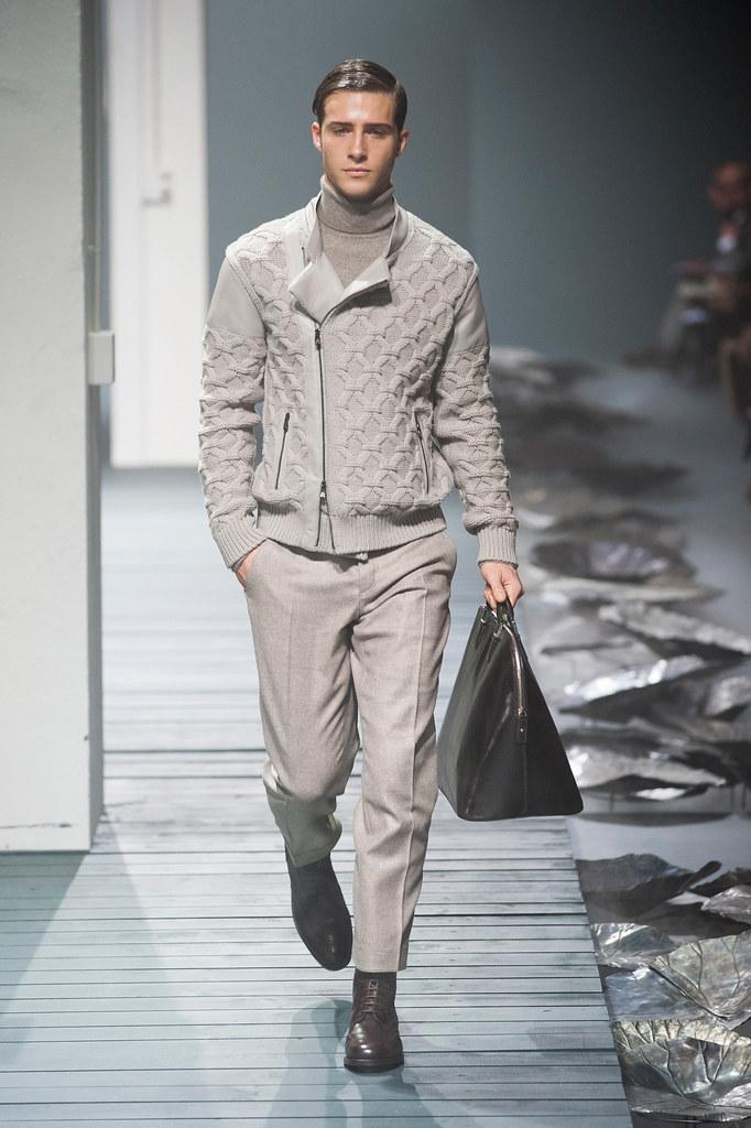 FW13 Milan Corneliani025_Ryan Taylor(fashionising.com)