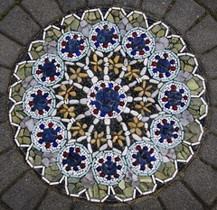 textile(0.0), window(0.0), wheel(0.0), kaleidoscope(0.0), flooring(0.0), art(1.0), pattern(1.0), mosaic(1.0), symmetry(1.0), flower(1.0), circle(1.0), blue(1.0),