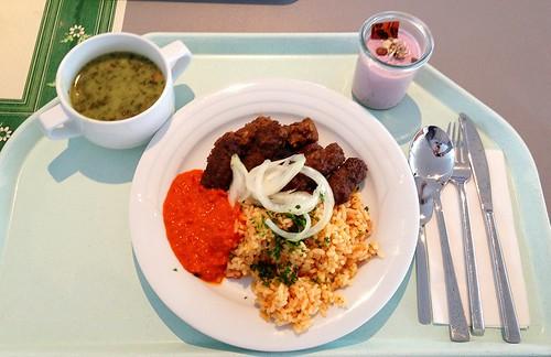 Cevapcici, Ajvar & Tomatenreis + Spinatcremesuppe / Cevapcici, Ajvar & Tomato rice + Spinach cream soup