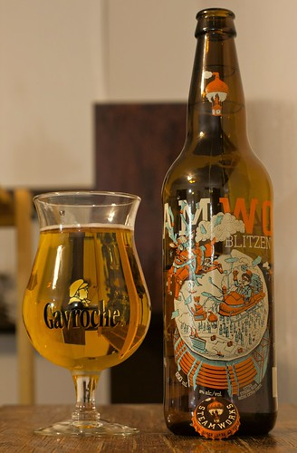 Review: Steamworks' Blitzen Christmas Ale by Cody La Bière