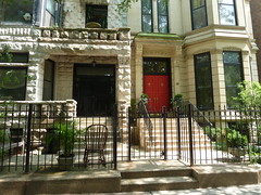 Chicago, Gold Coast, Two Residences Cheek by Jowl