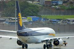 Boeing 737 VT-JFD