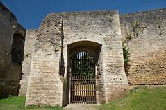 Porte Nord du château de Gisors - Photo of Amécourt