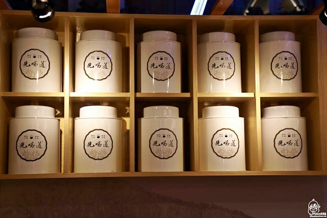 29235948482 c15350c75d z - 『熱血採訪』 先喝道-古典玫瑰園最新品牌 百貨公司內的高品質 國民平價手搖茶飲,先喝道讓你用銅板價喝好茶 。台中第一家分店在大遠百12樓,新開幕8/29~9/30 第二杯半價!