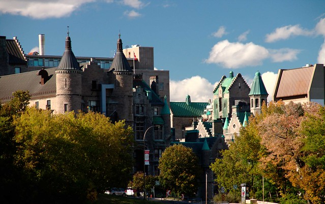 McGill University by https://www.flickr.com/photos/57412095@N05/