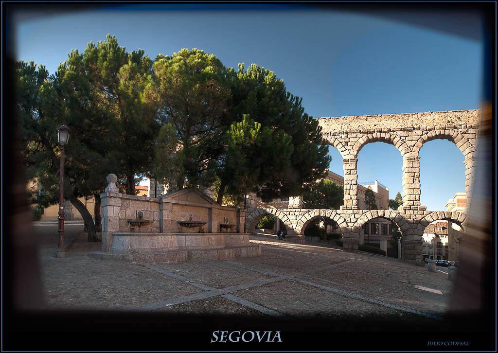 Fuente y acueducto - Segovia