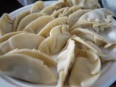 xiaolongbao, mandu, momo, wonton, pelmeni, food, dish, varenyky, dumpling, pierogi, jiaozi, buuz, khinkali, cuisine,