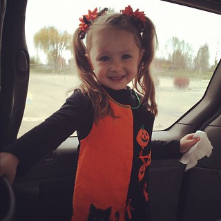#Picture day for Emmy! :-) A little #Halloween ensemble. :-)