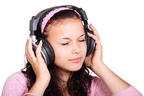The best ways to build student s interpretive listening for Listen to house music