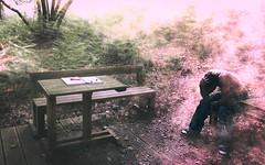 [フリー画像素材] 人物, 男性, 人物 - 森林, 落ち込む・憂鬱 ID:201211031600