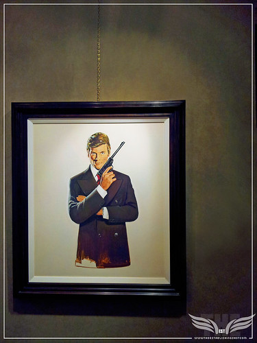 The Establishing Shot: THE 007 PROJECT EXHIBITION AT MOUNT STREET GALLERIES - JAMES BOND: A 1974 PREPARATORY PORTRAIT PAINTING OF ROGER MOORE BY ROBERT E. MCGINNIS by Craig Grobler