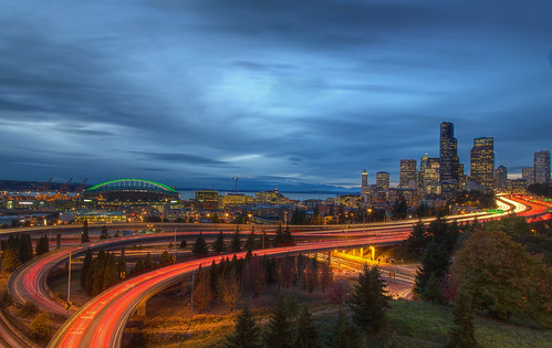 seattle park blue sky cars skyline clouds highway downtown cityscape dusk trails canoneos5dmarkiii kptripathi canoneos24105f4lis
