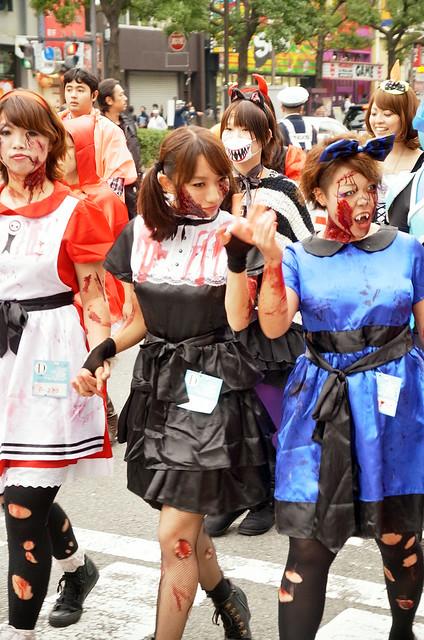 Kawasaki-Halloween-2012-Parade-55-R0022724
